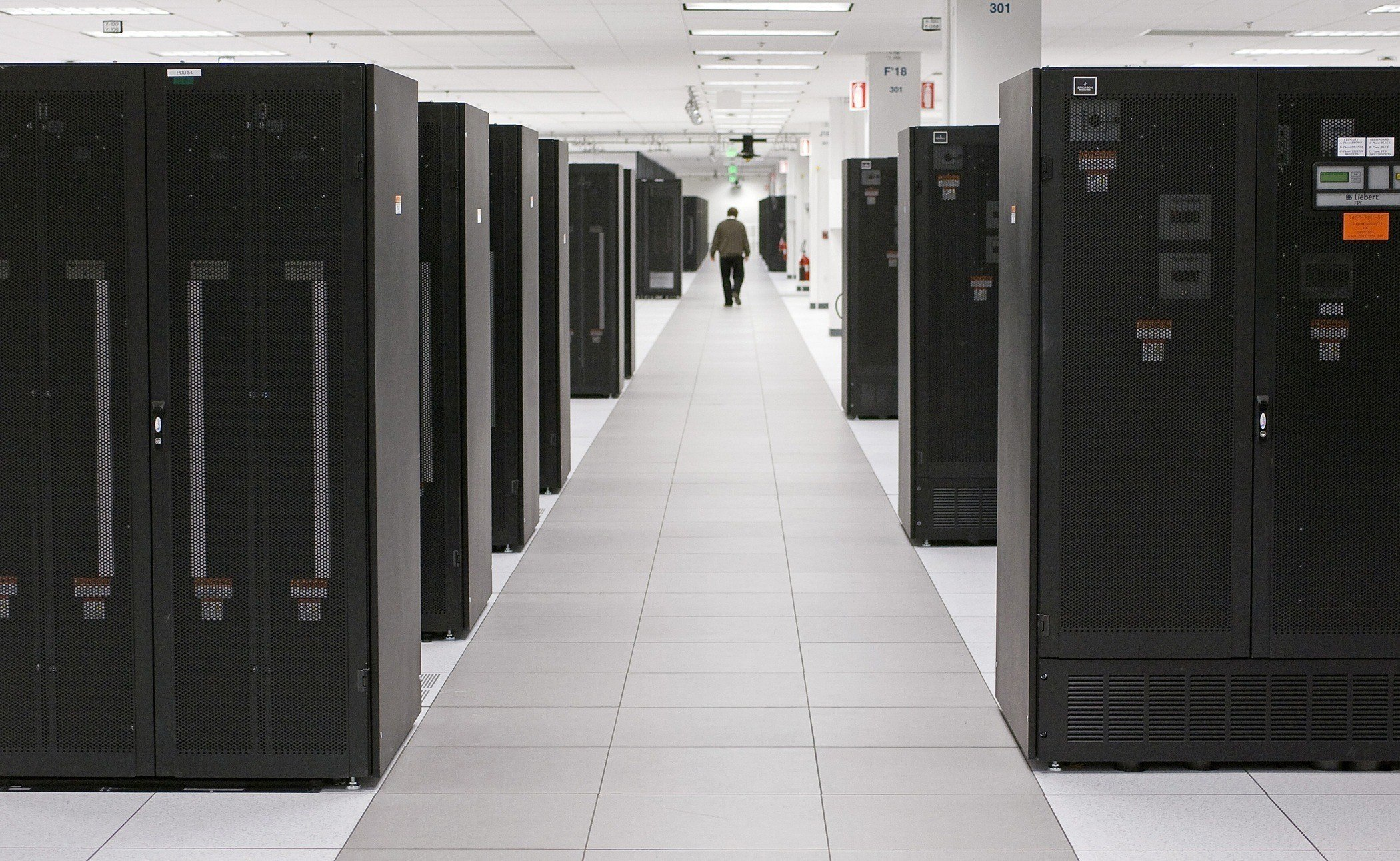 A brief overview of the IBM AS/400 - Nick Litten is IBM-i